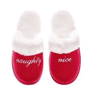 🆕 NWOT Victoria's Secret Naughty & Nice Slippers